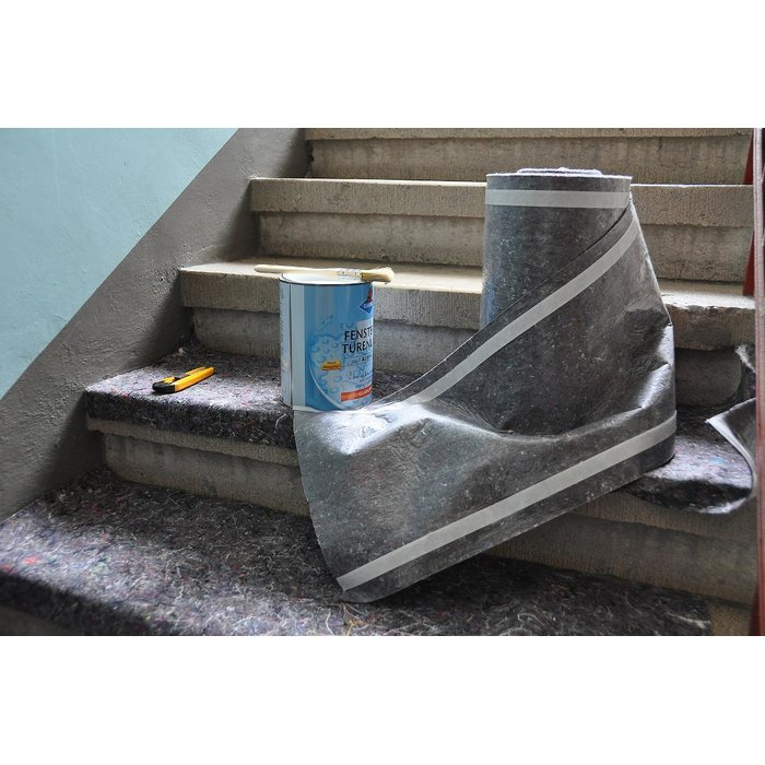 Multifunctional protective cover for stairs 33 cm x 25 m